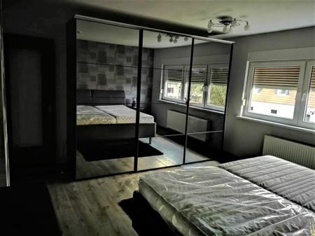 Schlafzimmer gr. 2