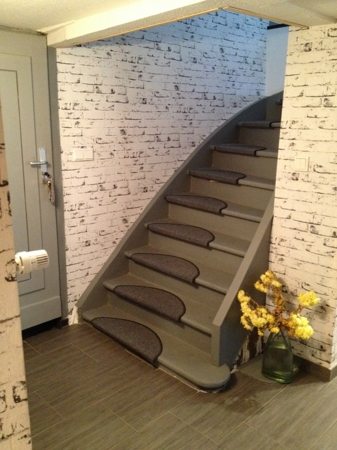 Treppenhaus zum 1.Stock